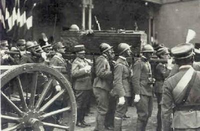 Risultati immagini per milite ignoto 1921